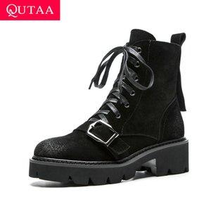 QUTAA 2020 Retro Square Medio Tacco Cow Suede Stivaletti Lace Up Stivali Moto Fibbia Decorazione In Metallo Scarpe Da Donna Size34-39