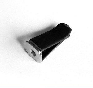 새로운 도착 자동 아울렛 클립 금속 합금 화이트 블랙 컬러 DIY 자동차 향수 클립 장식 자동차 통풍구 클램프 액세서리