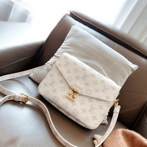 Hot Sell Newest Style Women's Messenger Bag Totes bags Lady Composite Bag Shoulder Handbag Bags Pures message handbags wallets purse NB342