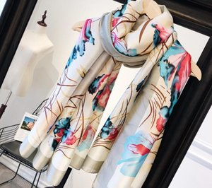 2020 new lady silk fabric texture is very soft pendant feeling strong texture super good a scarf specification 90-180cm