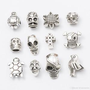 Mezclar cráneo cruz antiguo plateado aleación aleación gran agujero encantos Spacer Beads fit pulsera DIY joyería collares colgantes encantos Beads