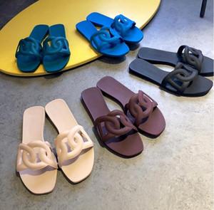 2020 kadın marka terlik üst PVC kadınlar düz sandaletler jöle düz dipli h plaj tek kelime sandalet kadın plaj ayakkabıları 35-40 zincirleyin