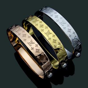 مجوهرات الذهب الفضة روز V أربع أوراق زهرة مطبوعة سوار 18K وردة نوع ذهب سوار الفولاذ المقاوم للصدأ أساور للنساء بالجملة