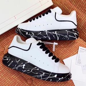 Meilleure Qualité Graffiti Mens Surdimensionné Designer Chaussures De Luxe Femmes Célèbre Chaussures Partie Paris Designer Baskets Avec De larges semelles peintes