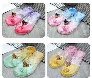 Cool slipper female summer fashion outside wearing Korean version lovely outdoor flat bottom with plastic transparent crystal flip-flops
