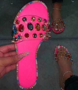 Neon Rosy Schlange-Muster Gem PVC Hausschuhe der Frauen im Freien bonbonfarbenen Strand-Sandelholz-Sommer-neue Damen Helle Strass Slides