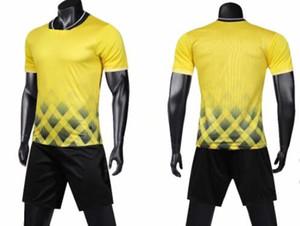 Ambientazione esterna sport atletici Appare Calcio Wear Calcio Imposta Imposta tute di formazione personalizzati pullover di calcio con pantaloncini personalizzati usura di addestramento