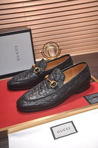 18ss Tasarımcılar Erkekler Moda Iş Ayakkabıları Rahat Ayakkabı Sivri Burun Ayakkabı Düğün Düz Elbise Parti Lace up Ayakkabı Artı Boyutu