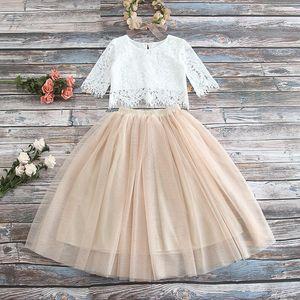 Las muchachas del cordón del hueco del ganchillo manga corta tops + tul tutú faldas 2pcs fijan la princesa de los cabritos trajes de 2019 nuevas faldas del partido de los niños fija A01593