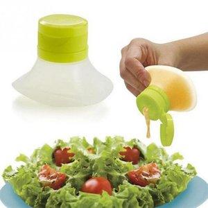 Food Grade Salada portátil Vestir Squeeze Bottle Acessórios de cozinha Container molho de creme de óleo Jam Castor Salada mini garrafa squeeze Ferramenta