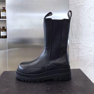 Designer chaussures 2020 nouvelle mode luxe mi-mollet bottillons TIRE BOOTS plate-forme botte trapu dame chaussure femme designer de luxe bottes