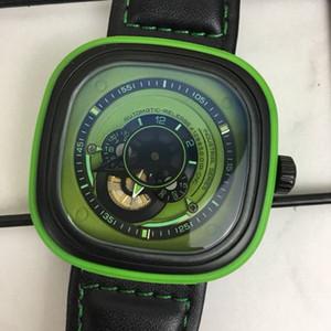 2020 New Fashion Casual Top Man Montre classique Seven Fiday M Ovale Vintage Montres Véritable bande de cuir bracelet Montres Reloj cadeau orologio