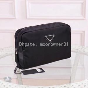 Erkekler için toptan tasarımcı makyaj çantası kozmetik çantası kadınlar için Debriyaj büyük seyahat organizatör depolama yıkama çantası makyaj kadın çanta Kozmetik vaka