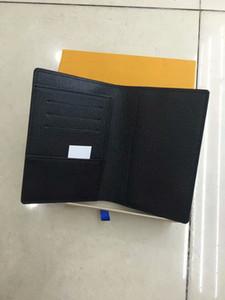 Nuova custodia per passaporto di qualità TOP Francia Stile parigino Designer classico uomo donna famoso Porta passaporto di lusso con porta carte di identità con scatola
