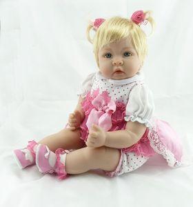 Réincarné Baby Doll 22 pouces 55 cm en silicone vinyle fille poupée Cheveux blonds chiffon doux enfant en bas âge vivant Body bébé Chiristmas cadeau pour les enfants Y191211