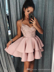 Sexy Blush Pink Lace линия Homecoming платья Layered аппликация бретельках длиной до колен Короткие Пром коктейль платья на заказ