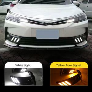 2 pezzi Led Daytime Running Lights per Toyota Corolla 2017 la copertura della lampada della nebbia 12V ABS DRL con indicatori di direzione gialli