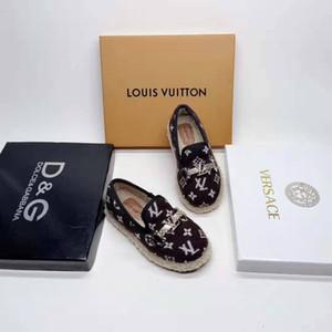 de arranque para zapatos calientes del invierno muchacha niño de los zapatos de invierno vestido de la muchacha del bebé de la marca baratas niños pequeños zapatos de moda carta diseño del niño con caja de enviar
