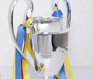 Nuevo 2019 Resin C League Trofy EUR Fútbol Trofeo Fan de fútbol para colecciones y recuerdos Plateado Plateado 15 cm 32 cm 44cm Tamaño completo 77 cm
