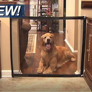 السحر بوابة كلب أسوار محمولة قابلة للطي الحرس الآمن في الأماكن المغلقة والهواء الطلق السلامة حماية سحرية بوابة للكلاب القطة الأليفة
