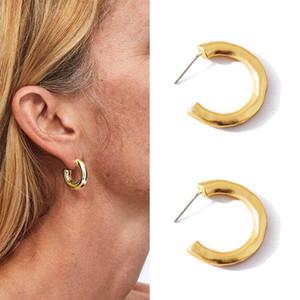 Design unico Piccolo geometrica orecchini per la ragazza delle donne Nuovo orecchini gioielli C moda golden letter creativa Vintage semplice
