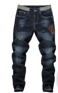 Brand New Mens Jeans Distressed Ripped Biker Jeans Slim Fit Motorcycle Biker Denim Jeans 2020 Fashion Designers Pants