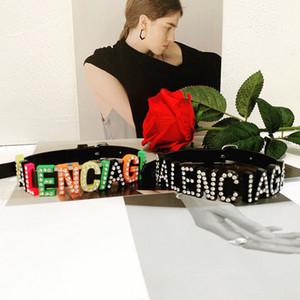 Nouvelle Arrivée Femmes Designer Lettre Collier Ras Du Cou En Cuir PU Lettre De Luxe Neckace Bijoux De Mode pour Cadeau Partie