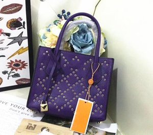 Designer-Classic Triângulo Locks Handbag Studs Rivet Bag Lady Leather Designer Bolsas roxo bolsas bolsa de ombro sacola