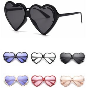 Lady Mulheres Luxo Quadro amo óculos de sol Moda Coração Popular Proteção UV Lens Óculos Summer Love Praia Eyewear LT-TTA1191