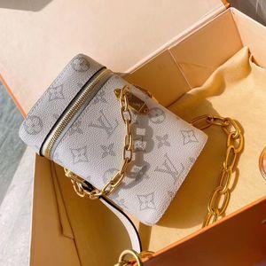 Yüksek kaliteli ünlü Tasarımcı Marka Crossbody çanta Bayan Küçük Omuz Çantası Renk Geniş Fermuar Mini Kare Çanta Cep Kadınlar Messenger han YY04