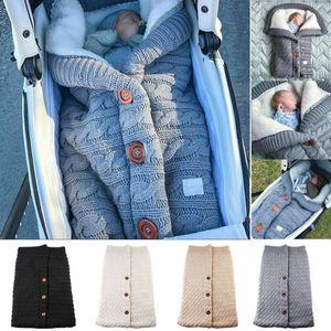 Gigoteuses d'hiver Bouton chaud tricot Swaddle Wrap Swaddle poussette Wrap enfant en bas âge Couverture Sacs de couchage