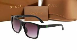 1 adet Yüksek Kalite Klasik Pilot Güneş Gözlüğü Tasarımcı Marka Mens Womens Güneş Gözlükleri Gözlük Altın Metal Izgara Lensler Kahverengi Cas 4998