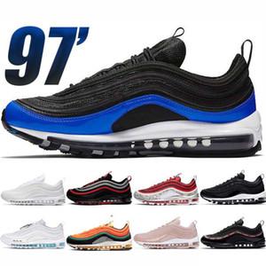 Mens bleue de nébuleuse de chaussures de course hommes femmes réfléchissantes Bred Leopard triple noir de rayon de soleil Sliver Bullet INVAINCUS Métalliques Or Chaussures Baskets