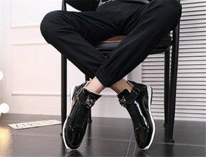 Cheap 2019 Con l'oro le scarpe d'argento BoxKorean alla moda stilista s nero lucido brillante scarpe tappeto rosso preferito Mr. elegante