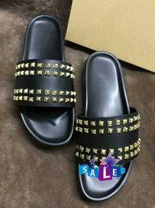 Donna çivili Kırmızı alt terlik tasarımcı lüks Kırmızı dipleri Ayakkabı Erkekler perçin sivri düz slipperswith boxs