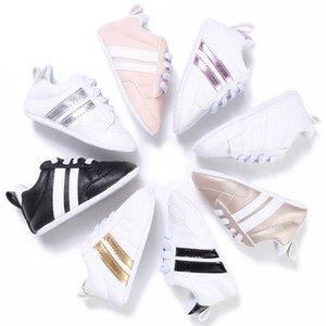 Bebek Ayakkabı Erkek Kız Katı PU Çizgili Sneaker Rahatlık Yeni Stil Yenidoğan Bebek İlk Yürüyenler Casual Beşik Makosenler Toptan