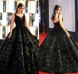 2020 아랍어 블랙 이브닝 드레스를 페르시 3D 꽃 꽃 V 넥 댄스 파티 드레스 A 라인 층 길이 플러스 사이즈 특별한 공식 파티 드레스