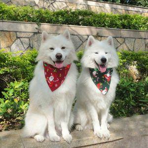 Suprimentos Dog Cotton Costume Cão do Natal Triangular Bandanas Scarf lenço Pet Dog Cat Vestuário Pet Grooming