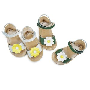 Genuine Leather Girls sandals Salt water kids shoes Flowers Baby Princess shoes High quality Children's sandals