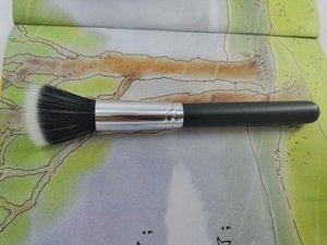 2019 Makeup tools Single blush makeup brush sybthetic hair brush head Plastic and metal brush handle makeup brushes