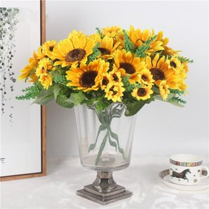 Autumn Decoration 13 Heads Yellow Sunflower Silk Artificial Flowers Bouquet For Home Decoration Office Party Garden Decor