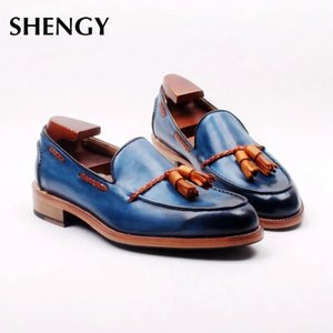 2020 Men Flat Shoes Low Heel Fringe Shoes Dress Spring Ankle Boots Vintage Classic Male Casual Office Sandals