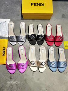 2019 dames sandales avec boîte à fleurs correct sac à poussière designer chaussures serpent imprimer luxe glisse été mode large sandales plates pantoufles