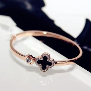 Meninas de cristal trevo de quatro folhas pulseiras Cuff Love Letter Charme Diamante Inspirado Jóias para Mulheres Meninas Sorte presente Gota de Shipping