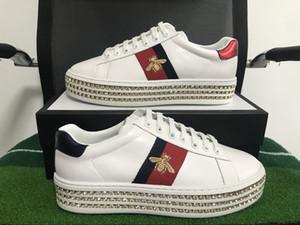 موضة جديدة الأصل مصمم أحذية كريستال النحل أحذية التطريز الأزياء مع أعلى جودة جلد طبيعي حجم 35-46 مع صندوق