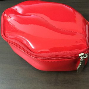PU Change Purse Creative Lips Makeup Bag Women New Fashion Handbags Large Capacity Cosmetic Bags