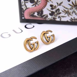 2020 yeni bayanlar moda kişiselleştirilmiş alfabe küpe, Seiko kaliteli çift G küpe, kadınlar için uygundur