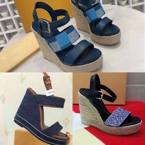 piattaforma delle donne sexy di lusso paglia cuneo del denim dell'annata del progettista sandalo dei pattini della piattaforma dei sandali modo delle signore Sandali con zeppa Spikes borchie