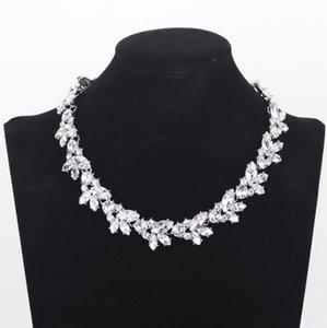 Retro Crystal Rhinestone lleno con cuentas Gargantilla Collares Mujeres corto Gargantilla Cadena regalos de la flor colgante, collar Collares Christams