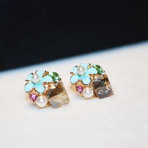 Wholesale- fashion luxury designer colorful crystal flower diamond zircon pearl super glittering stud earrings for woman silver pin
